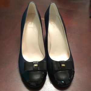 Cole Haan Elsie Bow Wedge Navy Black Size 10.5